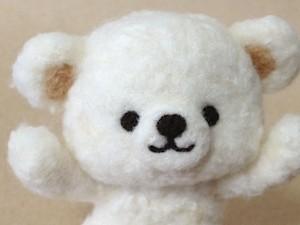 羊毛フェルト 白クマ
